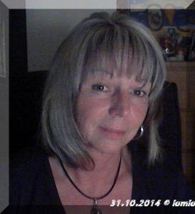 iomio mit kurzen Haaren am 31.10.2014